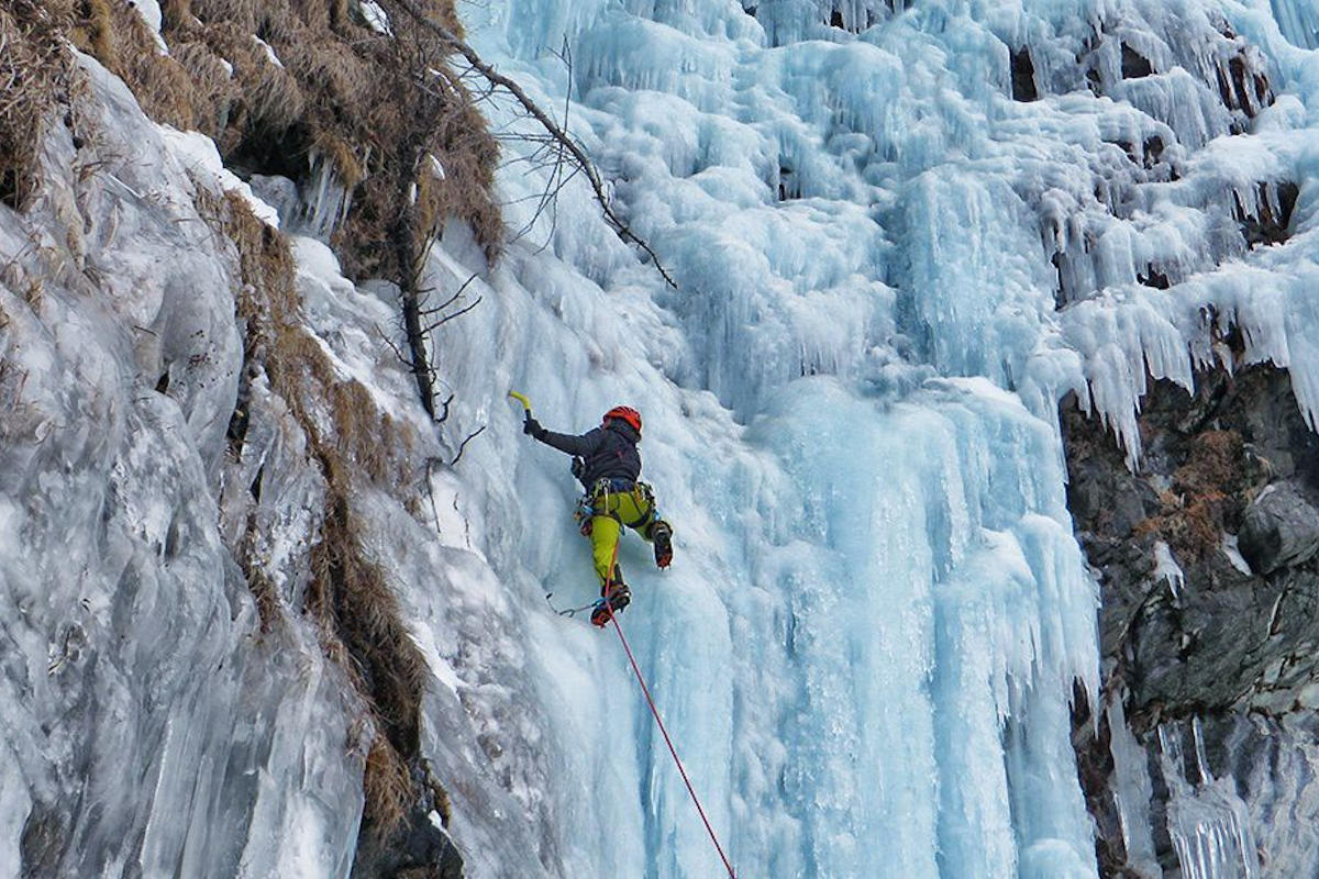 Ice climbing Winter