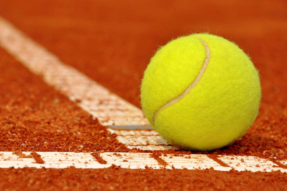 Minigolf et tennis Été